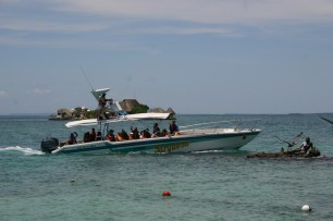 Sirena Isla Pirata Mermaid statue