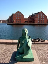 The Black Diamond Mermaid Statue