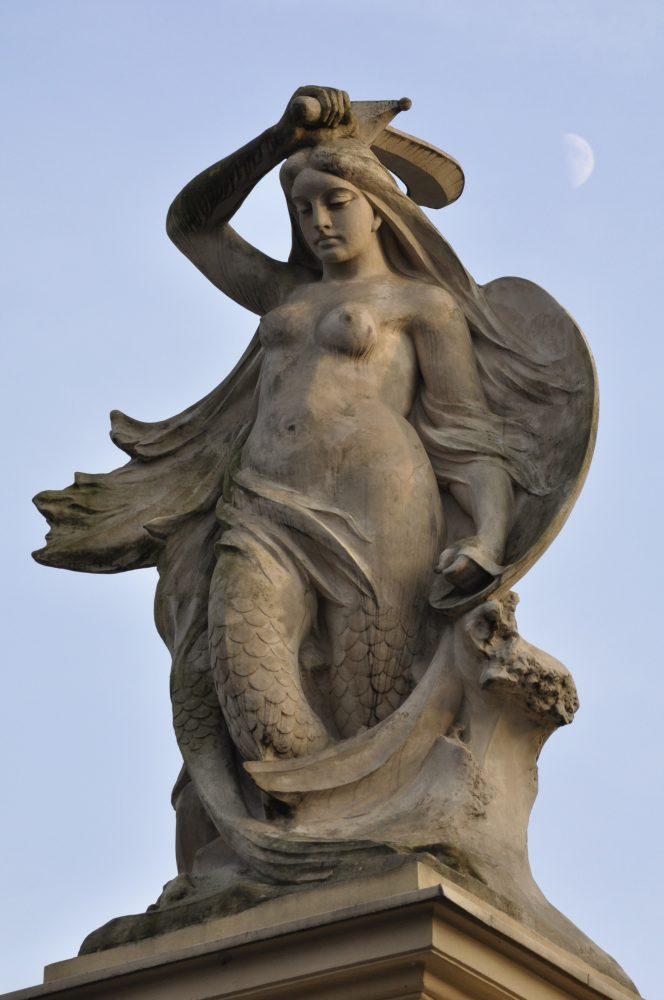 Warsaw's Syrenka Mermaid Statue