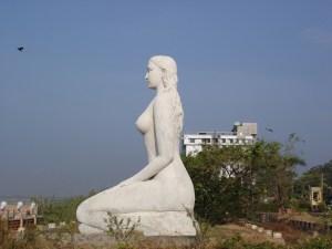 Kollam Beach 27' Mermaid