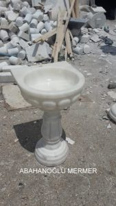 banyo lavabosu modelleri em-058 ölçüleri : 50x42x85 cm fiyatı : 750 tl