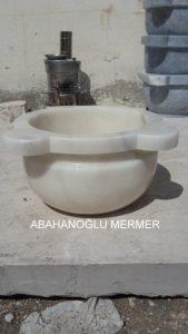 düz model beyaz mermer kurna ku-44 ölçüleri : 45x25 cm fiyatı : 350 tl