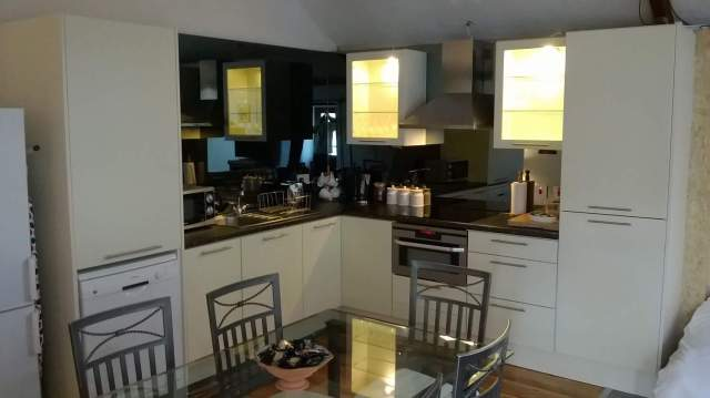 Merok Mill House - Self Catering Cottage, Bangor County Down, Northern Ireland - Fabulous New Kitchen