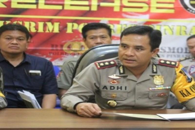 Ratusan Personel Gabungan Jaga Ketat Rapat Pleno KPU Pinrang