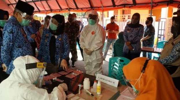 Wali Kota Parepare Turun Langsung Memantau Rapid Test Massal di Kalangan Masyarakat