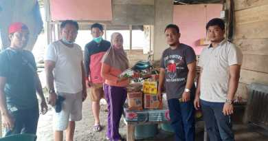 Peduli Sulbar, Karang Taruna Mattiro Sompe Salurkan Bantuan Secara Simbolis