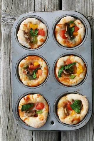 Muffin_tin_pizza_recipe_2