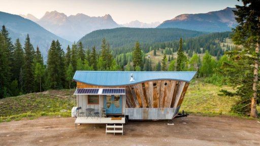 rocky-house tiny house airbnb