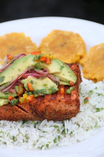 recipe-for-grilled-fish-with-avocado-salsa