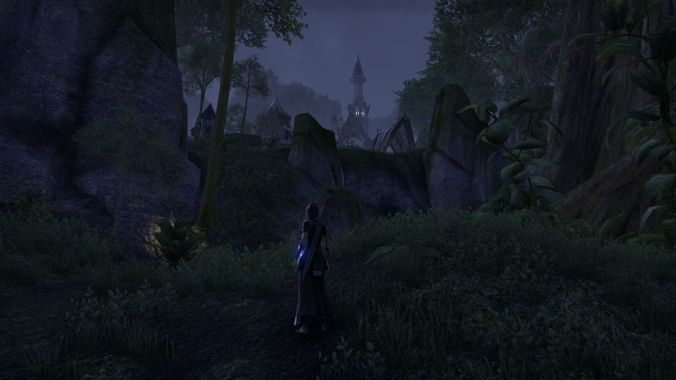 Laeloria at night