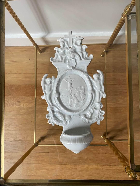 Bénitier porcelaine de saxe merveilles de marie Christ