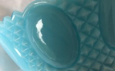 Petite bonbonnière opale bleue
