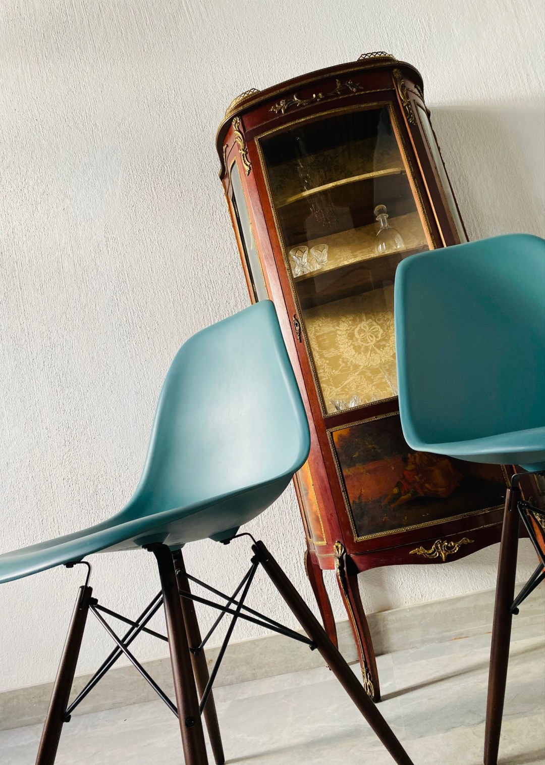 Chaise Charles Eames océan