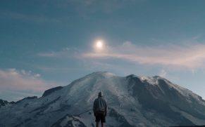 men mountain snow
