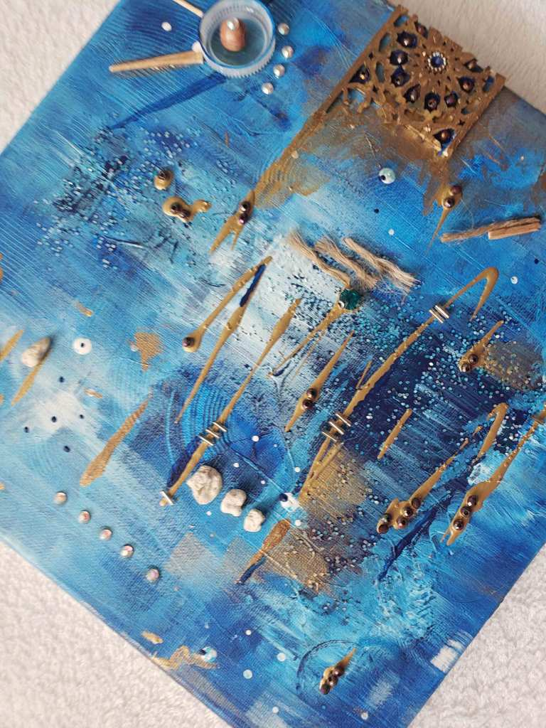 blue-and-gold-moroccan-abstract-canvas