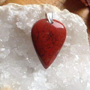 pendentif jaspe rouge lithothérapie