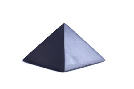 pyramida-sungit-10cm