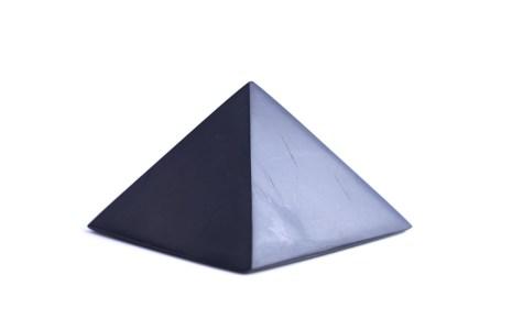 šungitová pyramída 10x10