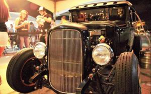 HotRod Bradus (Ford 1929) com 5 biqueiras de chopp artesanal