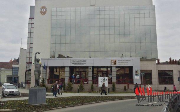 Primăria Municipiului Sfântu Gheorghe le reamintește locuitorilor că a introdus programul prelungit la instituțiile administrației locale