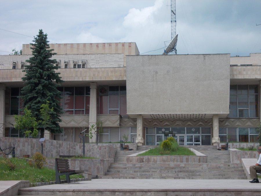 Primarul municipiului Sfântu Gheorghe: Preluarea Casei de Cultură a Sindicatelor, în primele trei locuri pe lista de priorităţi