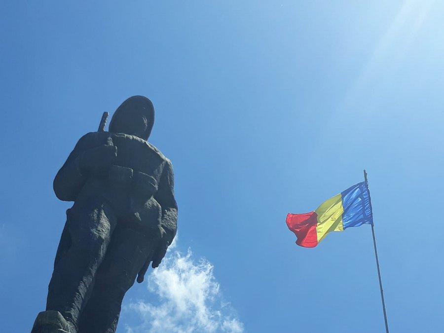 Ziua Drapelului Național al României va fi sărbătorită sâmbătă, la Sfântu Gheorghe