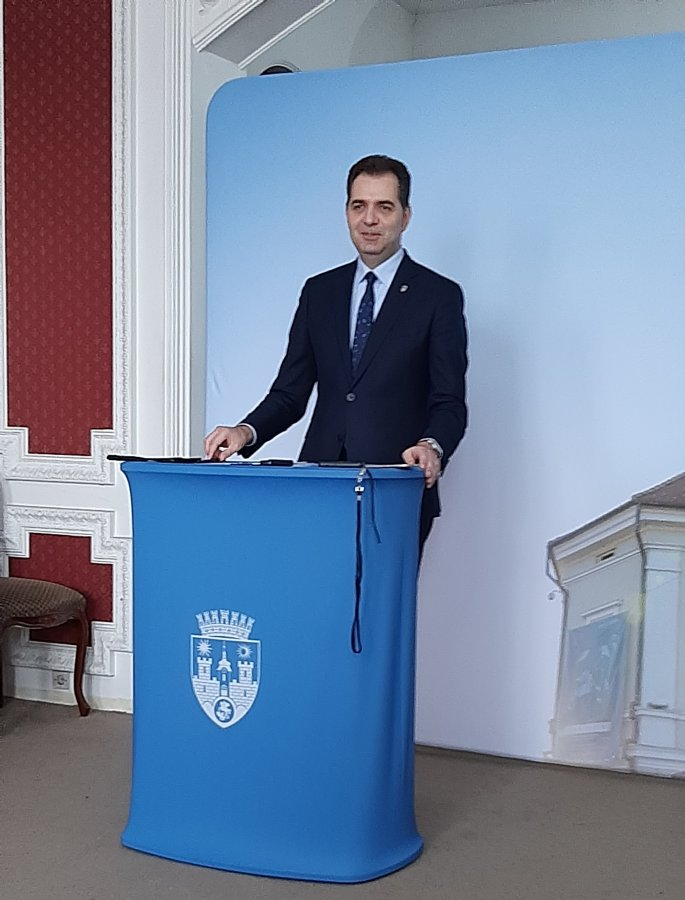 Primarul municipiului Sfântu Gheorghe: Îmi doresc să trăiesc într-o ţară unde nu există pensii speciale