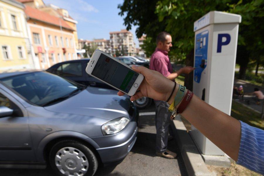 Modificări pentru plata parcării prin SMS la Sfântu Gheorghe