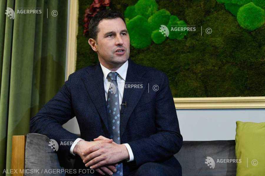 INTERVIU Ministrul Mediului: Trebuie să ne asumăm că non-intervenţia la populaţia de urs va genera probleme uriaşe; a face nimic nu e o soluţie