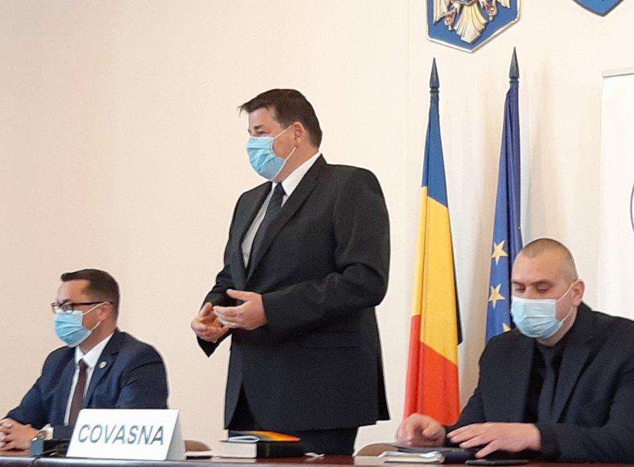 Raduly Istvan, fostul primar al comunei Ozun, învestit în funcţia de prefect la propunerea UDMR