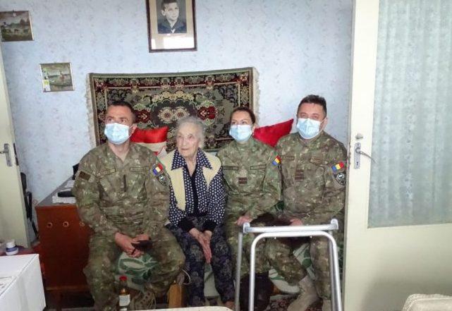"""Daruri oferite veteranilor de război din județul Covasna, în cadrul Campaniei """"Alături de veterani"""""""