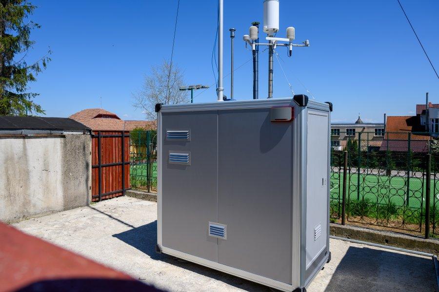 A fost pusă în funcțiune o nouă stație de monitorizare a aerului în Sfântu Gheorghe