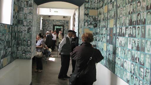 Sfidare la adresa foștilor deținuți politici. Deputații au votat împotriva înființării unui muzeu pentru victimele comunismului