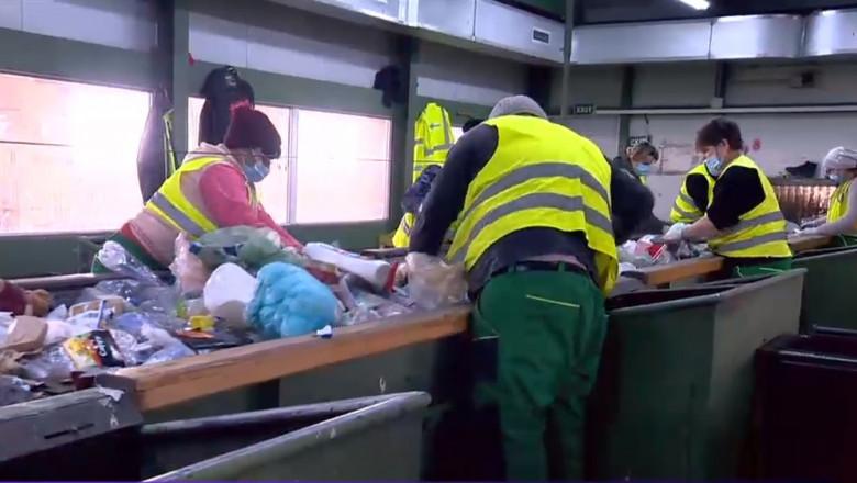 Covasna, campioana României la reciclarea deșeurilor. Cum a reușit să rezolve problema gunoaielor