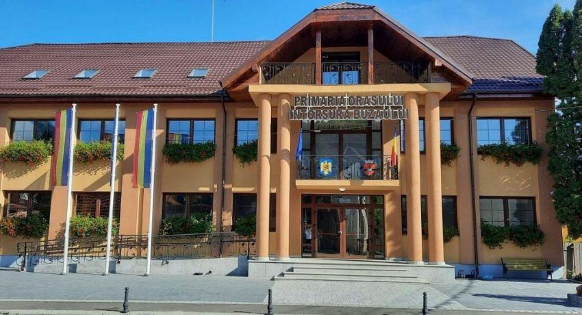 Apă caldă şi căldură în blocurile şi instituţiile din Întorsura Buzăului, începând cu 1 octombrie