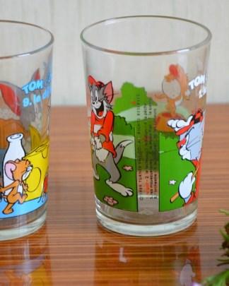 Lot de 2 verres de la collection Tom et Jerry, n° 1) le golf et n°9) le déjeuner