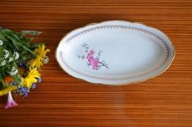 Ravier en porcelaine décor fleurs de cerisiers sans nom