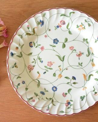 Plat en porcelaine anglaise oakwood staffordshire