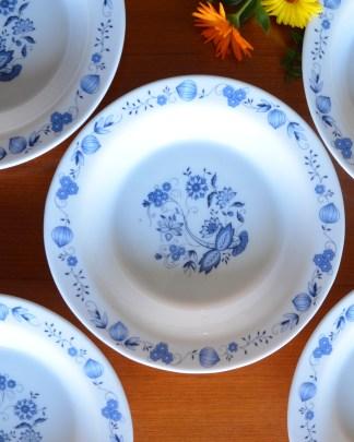 Lot de 5 assiettes creuses Aster couleur bleu marque Arcopal