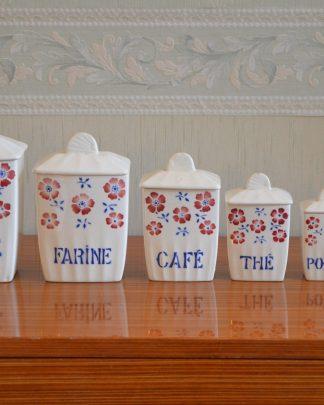 Lot de 6 pots à épices en porcelaine manufacture Céranord, St Amand, made in France. Farine, sucre, café, thé, poivre, épices