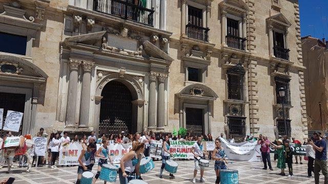 Grupos municipales progesistas defendieron moción de la Mesa por el Clima para reducir la contaminación en Granada