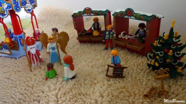 marche-de-Noel-playmobil