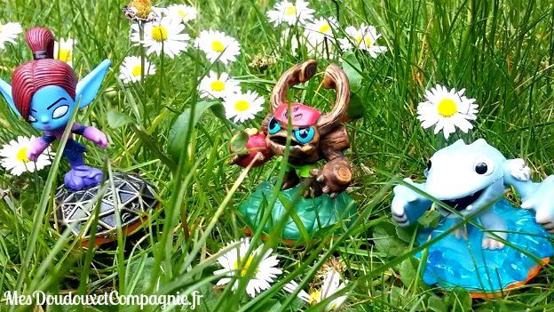 mini-skylanders