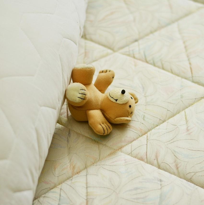 Choisir un matelas pour le lit de bébé