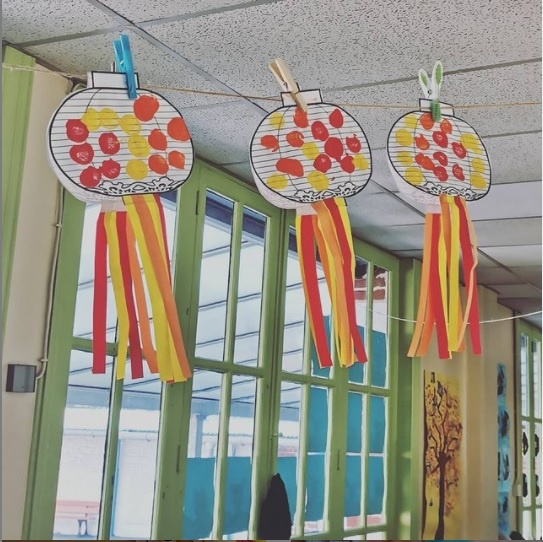 lanternes chinoises faites par des TPS PS remplacements ZIL