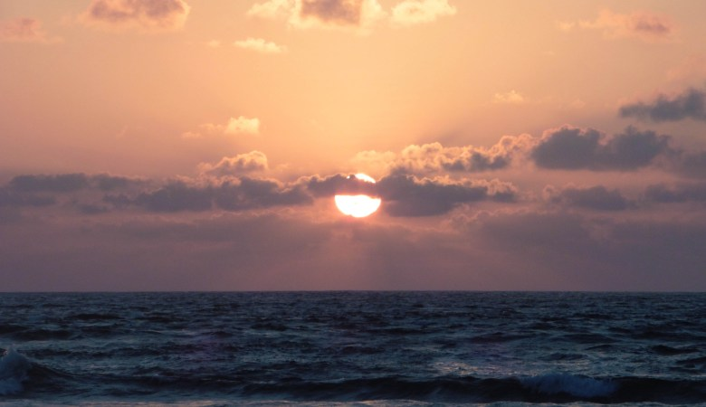 Coucher de soleil sur la plage d'Hikkaduwa
