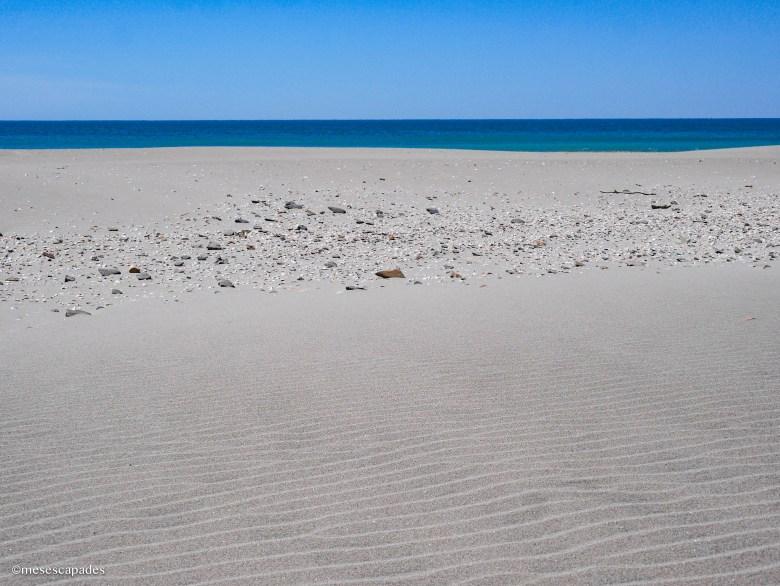Le sable blanc des plages camarguaises