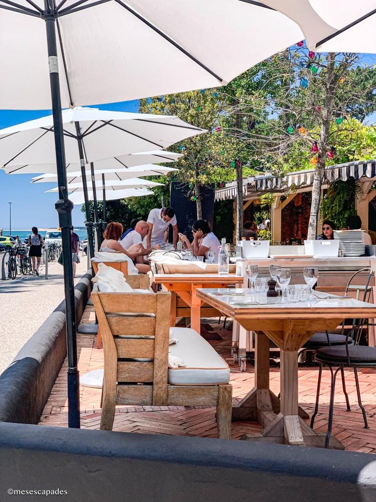 Déjeuner au Café Haïatza