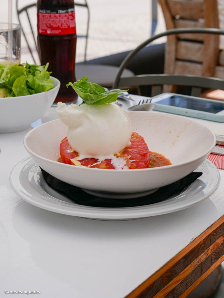 Burrata crémeuse au café Haïatza