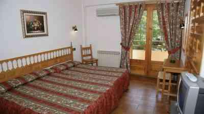 habitacion_hotel_meson_de_l_ainsa